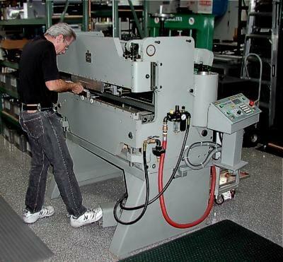 An toàn khi sử dụng máy cắt plasma CNC