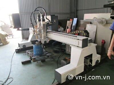 Máy cắt plasma CNC của VN-J cung cấp đến khách hàng